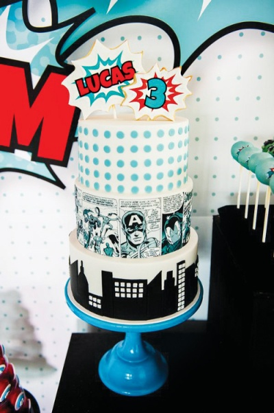 comic-book-superhero-cake