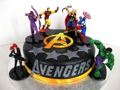 tort_avengers-figurki