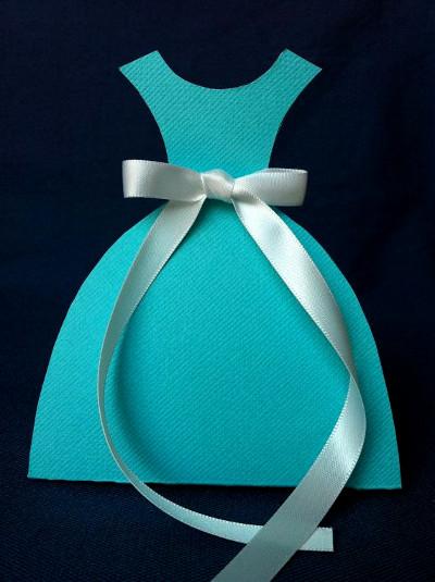 proste zaproszenie sukienka