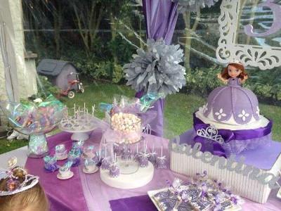 Piżamówka U Jej Wysokości Zosi Urodziny I Inne Przyjęcia Dla Dzieci