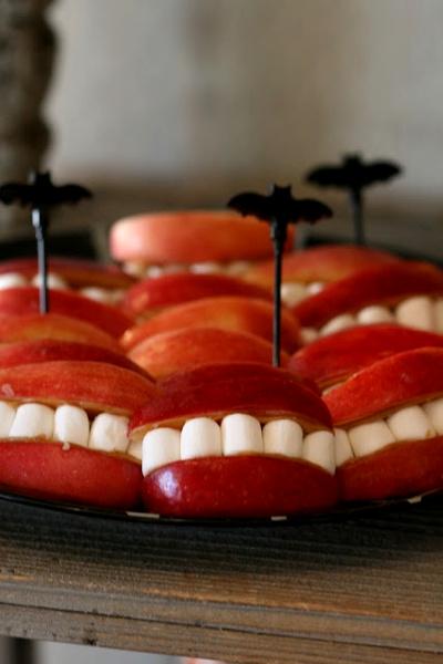 uśmiech potwora