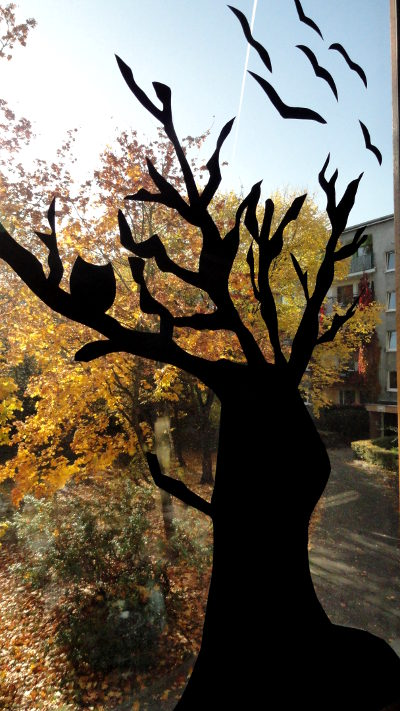 dekoracje na okno halloween
